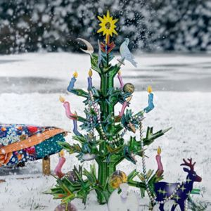000500000021/kids_design_toys_educational_3d_puzzle_kids_on_roof_rock_christmas_tree..300x300..O.jpg
