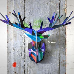 000500000043/studio_roof_totem_enchanted_deer_blue_3d_puzzle..300x300..O.jpg