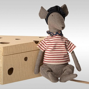 000400010026/maileg_RAT_IN_A_CHEESE_BOX_stuffed_toy..300x300..O.jpg
